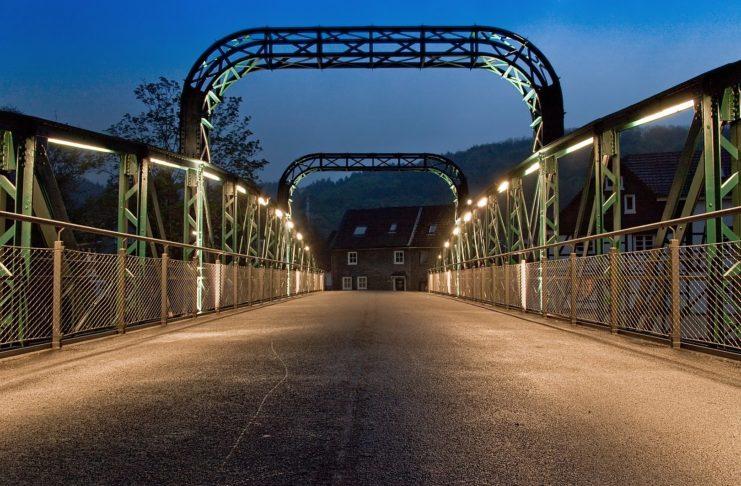 Die Kohlfurther Brücke in Wuppertal nach ihrer Sanierung. Foto: Christian Olsen - Eigenes Werk, CC BY 3.0