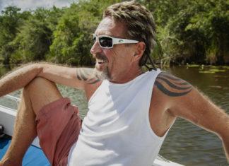 2008 wandert John McAfee ins mittelamerikanische Belize aus. Die nächsten Eskapaden lassen nicht lange auf sich warten. ©ZDF/Showtime Networks