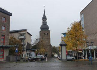 Die Evangelische Stadtkirche befindet sich in der Alte Bismarckstraße 6 in 42853 Remscheid. Foto: Sascha von Gerishem