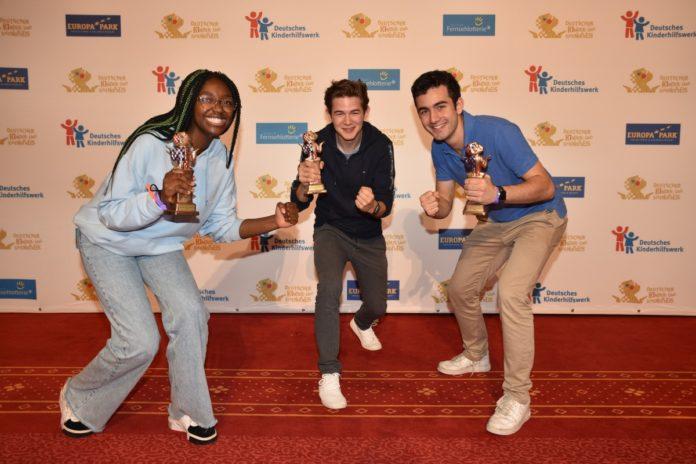 Die Gewinnerinnen und Gewinner des Deutschen Kinder- und Jugendpreises 2021 (v.l.n.r.): Vivien (Projekt