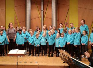 Der Remscheider Kinder- und Jugendchor VOICES unter Leitung von Astrid Ruckebier. Foto: VOICES