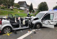Frontalzusammenstoß: Ein Schwerverletzter bei Unfall in Laudenberg. Foto: Polizei RheinBerg