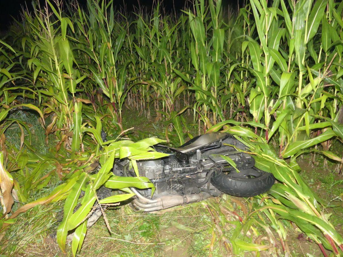 In einer Linkskurve verlor der 19-Jährige die Kontrolle über sein Krad und stürzte. Foto: Polizei OberBerg