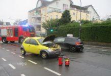 Verkehrsunfall in Wermelskirchen mit mehreren Beteiligten aus Remscheid. Foto: Polizei RheinBerg