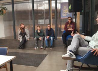 Luis Pinkall, Nicole Haas, Yahya Ezzedin, Tobias Niebergall, Oliver Somavilla und Daniel Pilz (v.li.). Foto: Jusos Remscheid