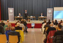 Auf der Mitgliederversammlung 2021 vom FC Remscheid. Foto: rs1.tv