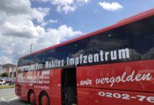 Corona: Der Wuppertaler Impfbus ist unterwegs. Foto: Christoph Petersen / Stadt Wuppertal