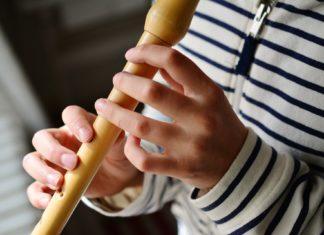 """Musikschule Solingen: Der Kurs """"Elementares Musizieren mit der Blockflöte"""" richtet sich an Kinder im Alter von fünf bis sechs Jahren."""
